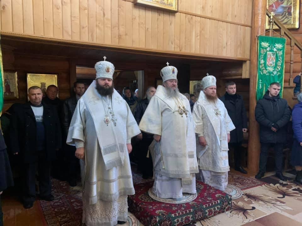 Поминання новопреставленного митрополита Варфоломія очолив митрополит Володимир