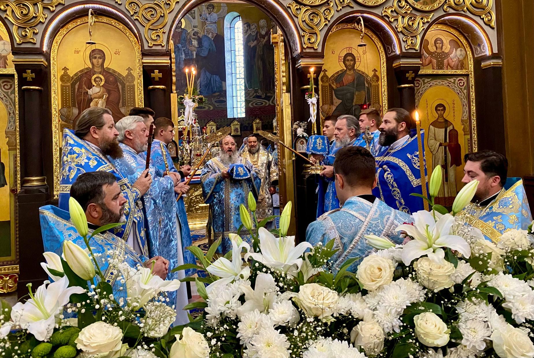 Престольне свято вшанували у древньому Володимирському Успенському соборі