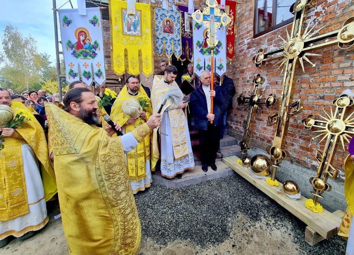 У Ковелі храм будують – Волинських святих шанують